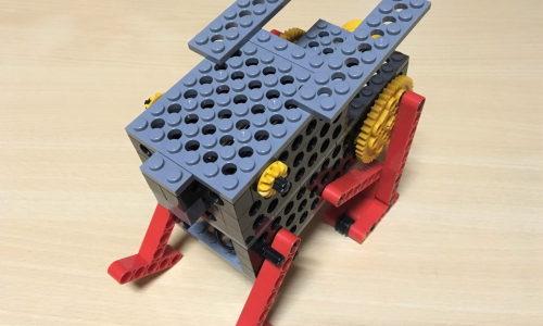 小学1年生のロボット教室体験~本当に跳びはねる?ぴょんぴょんウサギ『ロビット』