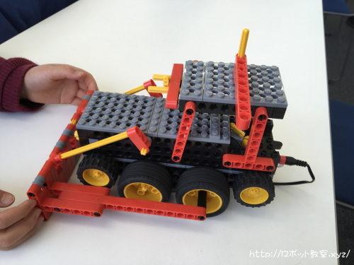 作りかけのロボット