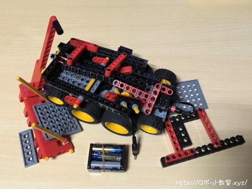落として破壊したロボット